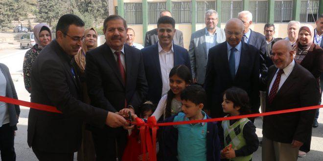 الكركي يفتتح معرض الكتاب الأول في المجمع
